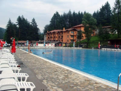 Outdoor swimming pool in the village of Chiflik